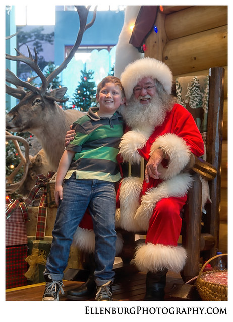 fb 11-12-25 Christmas-12