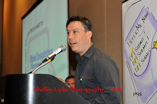 Raul speaking at Social Media Camp Victoria 2011 Awards (Photo by Shelley Lipke Photography)