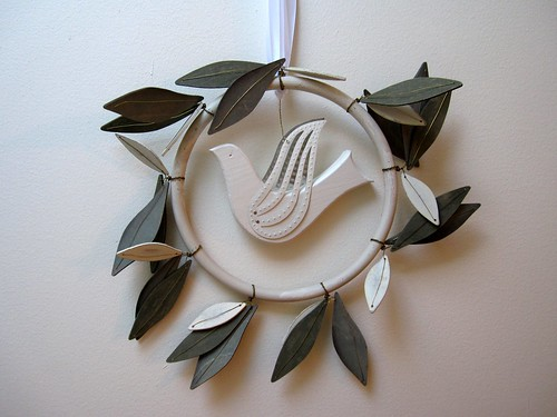 dove wreath 1