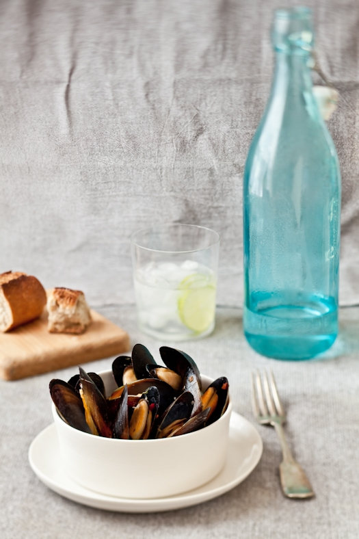 Steamed Mussels With White Wine & Key Limes