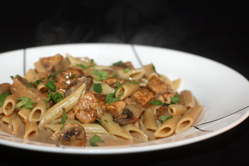 So Tasty So Yummy: Creamy Chicken Marsala Pasta
