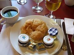 木, 2010-12-02 08:13 - Prince Conti Hotel の朝食