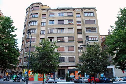 Edificio de viviendas en el Paseo de Sarasate