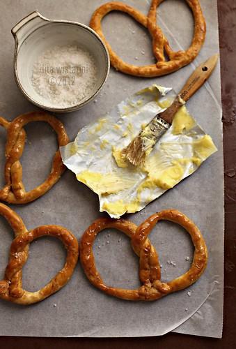 buttery soft pretzels