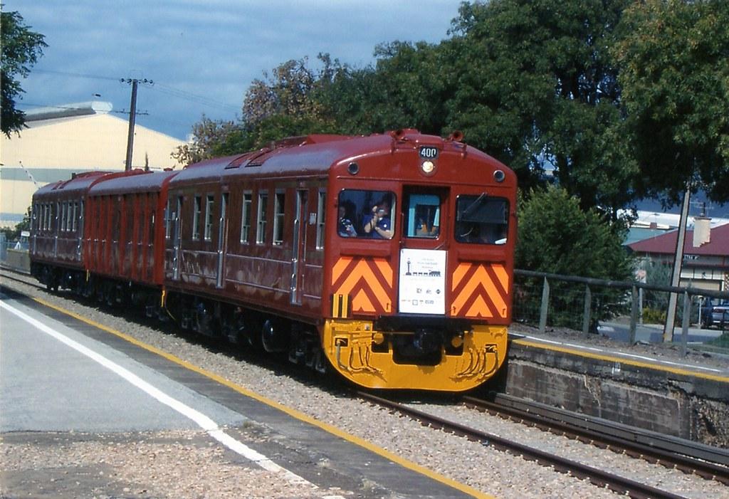 400 875 321 Cheltenham RC 23-4-08 by Peter Michalak