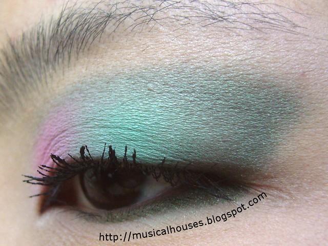 pink green spring eye 3