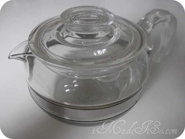 vintage pyrex tea pot glass