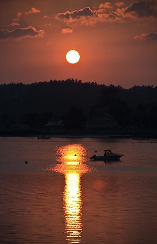 maine wiscasset midcoast bay sun sunset boat tide lowtide fall