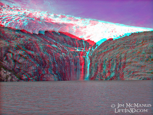 glacial waterfalls in hyperstereo 3D