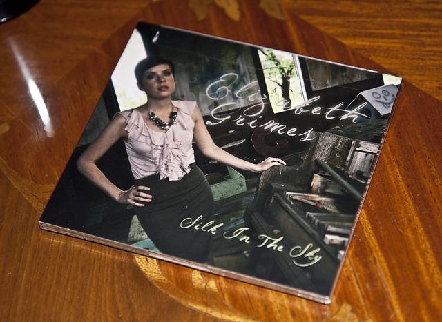 Elizabeth CD