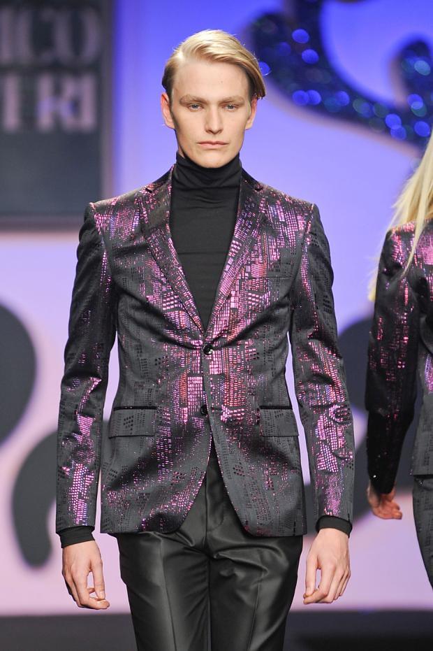Gerhard Freidl3298_FW12 Milan Enrico Coveri(fashionising.com)