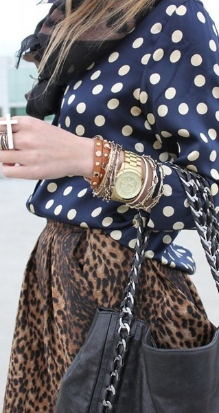 leopard and dots