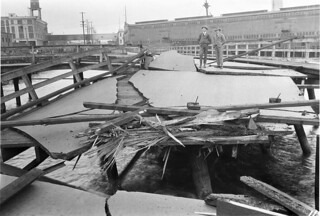 Wrecked trestle at Railroad Ave. and Broad St., 1923