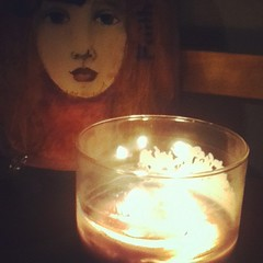 Eve's lilac candle