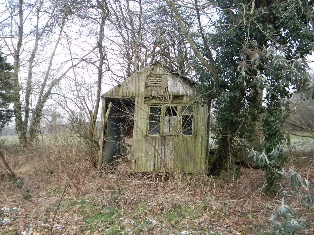 Ded shed Eynsford Circular