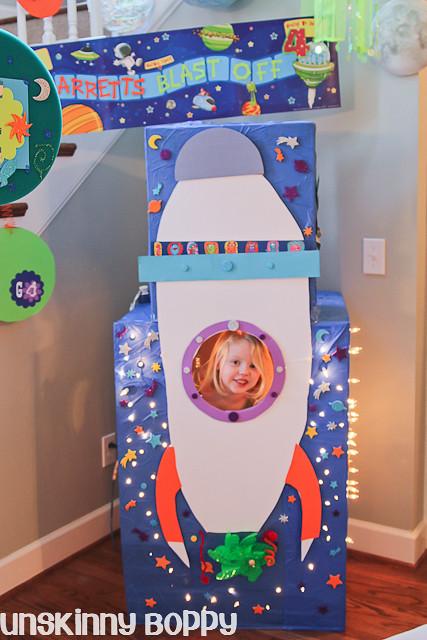Garrett S Blast Off A Rocket Ship Themed Birthday Party
