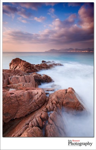 longexposure winter sea mer seascape france sunrise canon landscape photography europe côtedazur reef paysage canonef1740mmf4lusm mediterraneansea 2012 waterscape frenchriviera provencealpescôtedazur hoyafilter leefilter hoyand8 canoneos5dmarkii canneslabocca ericrousset leendgrad06 leendgrad075