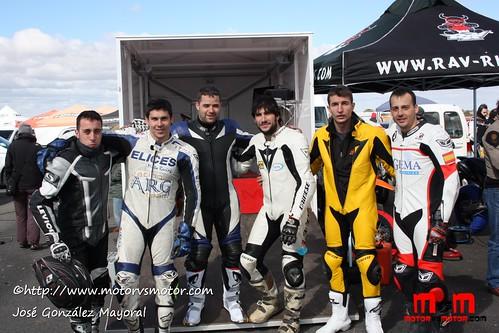 Varios pilotos Supermotard Aficionado CYL 2011