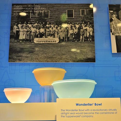 Vintage Tupperware Wonderlier Bowl