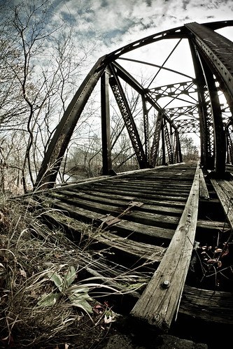 railroad bridge abandoned tracks newengland newhampshire nh fisheye nashua merrimackriver rokinonfe8mc8mmf35fisheye