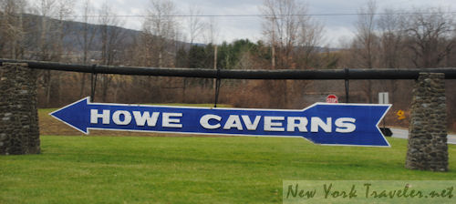 1 Howe Caverns sign