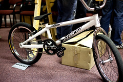 road bicycle, bicycle motocross, wheel, vehicle, bmx bike, sports, freeride, flatland bmx, sports equipment, cycle sport, bmx racing, bicycle frame, bicycle,