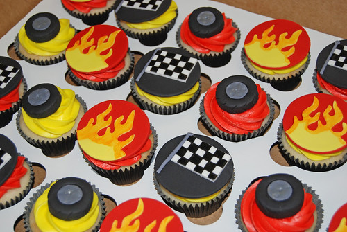 racecar themed cupcakes for a 7th birthday celebration