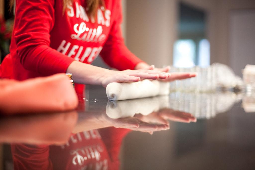 KitchenWise:: CandyCane Playdough