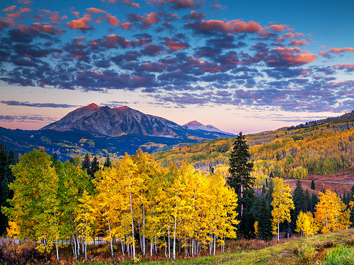 autumn mountains fall colors america sunrise rockies colorado unitedstates aspens rockymountains crestedbutte