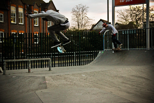 Justin Moore - Backside Flip and Sam Gosling - Nosegrind @ Wycombe Park