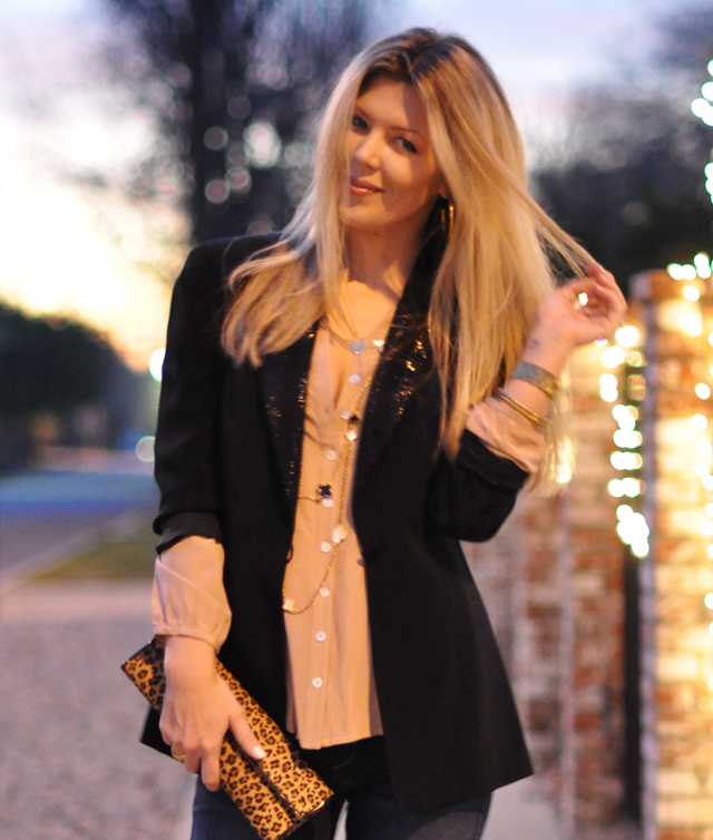 black blazer-blush blouse-alhambra necklaces-straight hair
