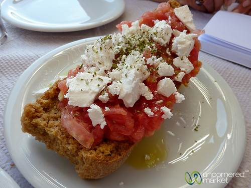 Dakos, Crete food