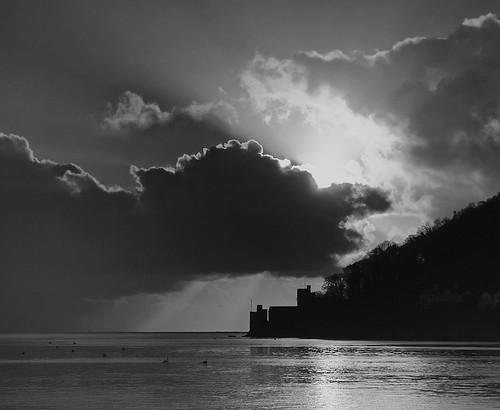 uk england seascape water night sunrise landscape mono coast blackwhite lowlight nikon waves shorelines devon southcoast dartmouth westcountry southhams southdevon southwestengland nikond300 tramsteer