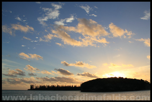 Kanumera tramonto nuova caledonia