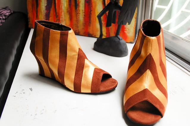 DIY Stripe Shoes