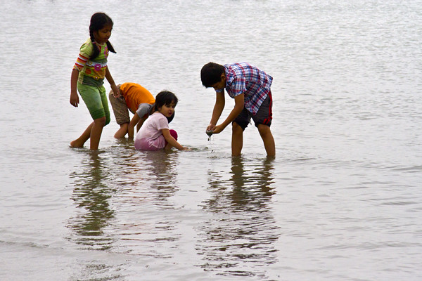 Children at Cox's Bazar Beach