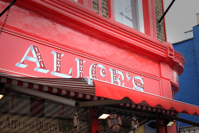 alice's, london