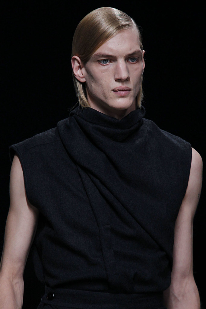FW12 Paris Rick Owens057_Paul Boche(VOGUE)