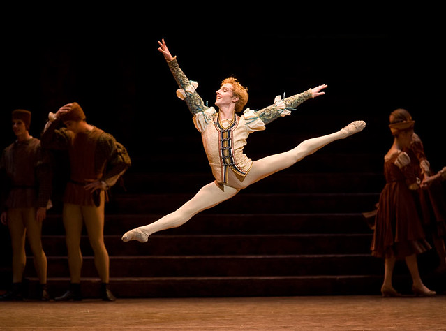 Steven McRae in Romeo and Juliet. Photo by Bill Cooper © Bill Cooper/ROH 2012