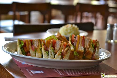 club sandwich gourmet style