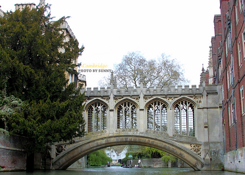 River Cam-Bridge of Sigh 1