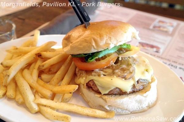 morganfields, pavilion kl - pork burgers-001