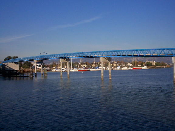 alameda pedestrian bridge
