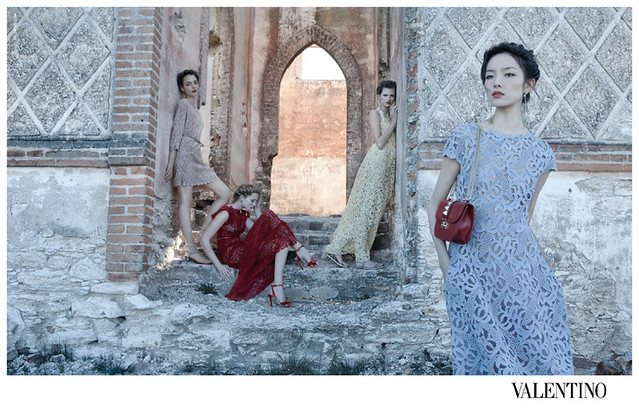 Valentino-Spring-Summer-2012-Deborah-Turbeville-02