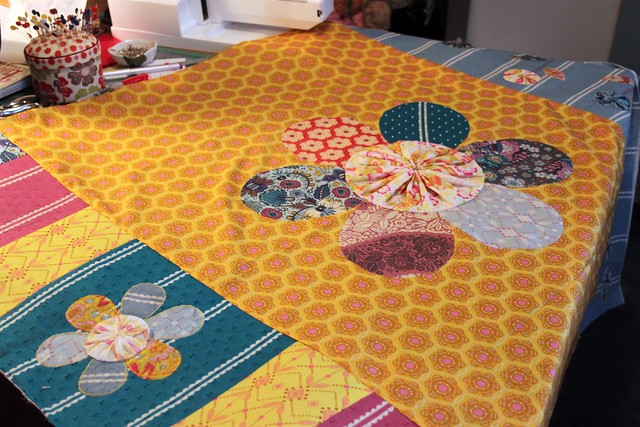 Little Folks Garden Quilt -- yo-yo flowers