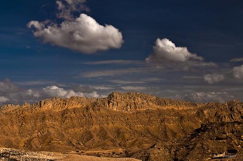 mountain nature beauty clouds landscape nikon desert dunes uae middleeast emirates abudhabi geology dslr alain arid jebel magister jebelhafeet hafeet 2011 d90 nikond90 nikkor240700mmf28 japmagister