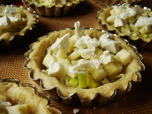 Apple Leek Goat Cheese Quiche