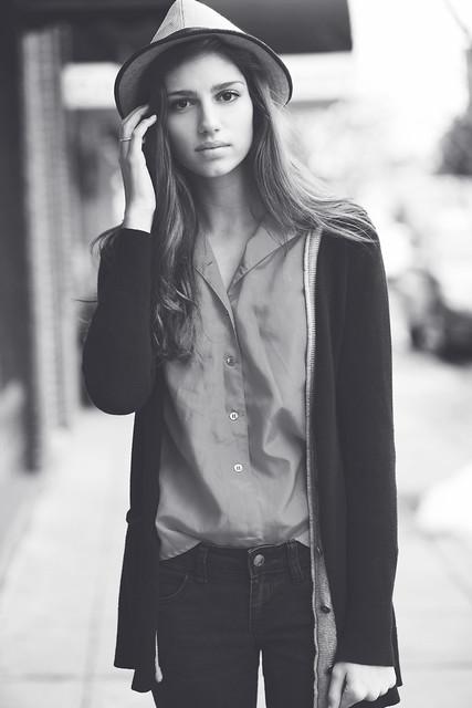 sara kiesling - Laura Hess
