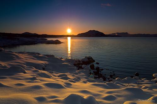 winter sunset sun lake snow cold iceland snjór vetur vatn sól kuldi þingvallavatn sólsetur hphson sonyslta55