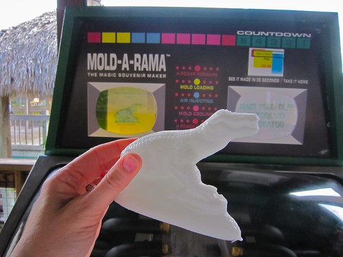 Mold-a-rama Alligator